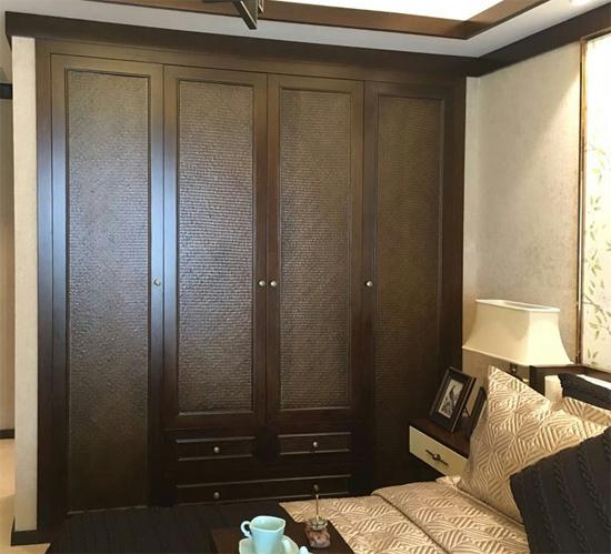 卧室的定制化衣柜